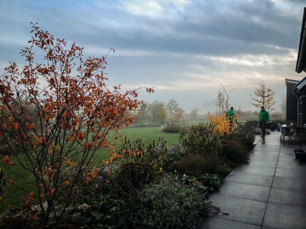 Onze-tuinen-Sjoerd-de-jong-hovenier-silvolde-doetinchem-sinderen-gaanderen-gendringen-varsselder-bloemen-platen-tuinen-onderhoud-tuinaanleg